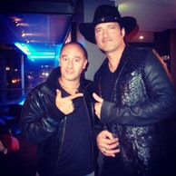 Image Marc SAEZ and Robert RODRIGUEZ for MACHETE KILLS in Paris.jpg