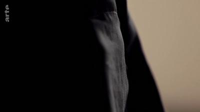 Vidéo voix de Aicha dans le docu Les femmes de Daesh de Thomas Dandois, pour ARTE