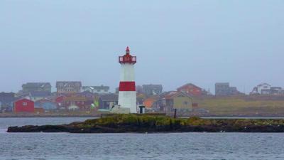 """Vidéo REPORTAGE - """"Saint Pierre et Miquelon des Coeurs Même en Hiver"""""""