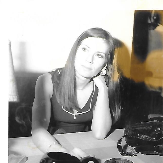 Image Festival Télé Monte Carlo Photo de votre serviteur Noelle NOBLECOURT.jpg virée de la télé sous Raymond Marcillac pour avoir montré ses  genoux ,mais la raison était tout autre .