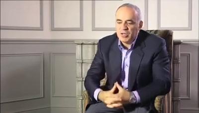 Vidéo Kasparov Karpov deux Rois pour une couronne